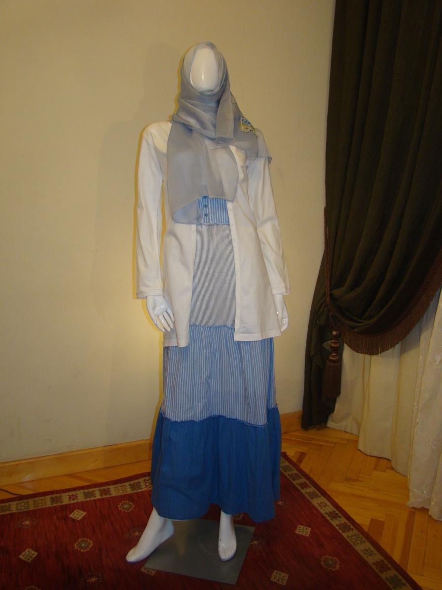 White/blue dress